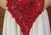 Valentine's Day Flower Ideas / Ideas & inspiration for florists to create Valentine's Day bouquets & romantic flower gifts