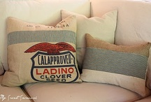 Cushion / by Carmela Romero