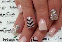 Nails nails nails / by Anni Baghdasarian