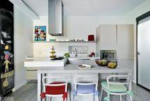 Cucina / Hai una cucina lunga e stretta da arredare? Ecco qualche idea