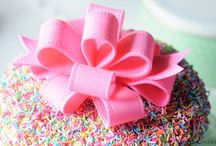 Cake and decorating tips