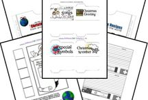 Homeschool - Lapbooks / by Jennifer Martinez