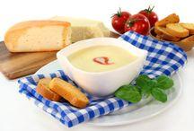 Suppen & Suppeneinlagen / Suppen und Suppeneinlagen sind mit Hilfe dieser Rezepte schnell zubereitet. Mit unseren Rezepten zauberst auch du eine leckere Suppe für deine Gäste.