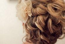 Wedding Hair / by Laura Mapplebeck