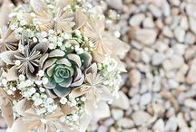 Wedding Bouquets & Florals / Wedding Bouquets | Wedding Floral | All the wedding floral inspiration you need | Photography by Davish Photography