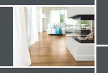 Laminaattilattia - Katso video / ROOMS -laminaattimallisto mahdollistaa niin perinteisen kuin näyttävämmänkin lattiaratkaisun, joka kestää käyttöä ja aikaa.