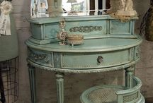 Home decor / Chic romance vanity