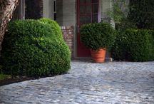 cobblestone driveway