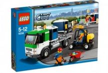 LEGO / LEGO ของเล่นเสริมพัฒนาการเด็ก ผลิตจากพลาสติก ABS ปลอดสารพิษ นอกจากนี้ยังมีการออกแบบให้ไม่มีมุมแหลมคม จึงมั่นใจได้ในความปลอดภัยอย่างแน่นอน