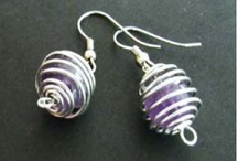 DIY: Wire Jewelry / All about making wire jewellery / by DIY Beading Club