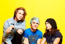 mus▪waterparks / follow this to be added to it..... or else