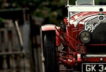 Classic Cars / VIntage beauty at it's best.