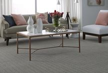Only Natural II - Naturals Collection / It incorporates the natural color variations of striated yarns with the beauty of a Moroccan quatrefoil design. Inspired by the beauty of natural textiles, this unique design offers a handcrafted look and feel.