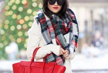 Handbags red