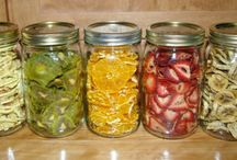 sterilované okurky zelenina zelí aj.,...