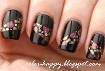 nails / by Megan Boyle
