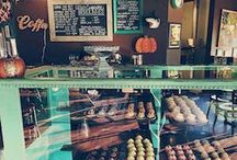 Hello Cupcake / Ocala Wedding & Events Expo 2016 Partner. / Gourmet cupcakes, French macarons, Pastries, Cakes, and other baked goods. Serving Buddy Brew coffee. Full espresso bad! Lattes, cappuccinos, espresso. (352) 512-0224 https://www.facebook.com/hellocupcakesierra/timeline