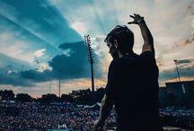 •MAR➕IN GARRI❌ • / He is amazing DJ...♥