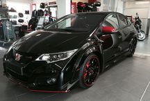 Cars / Honda Type R Limited Black Edition