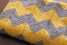 Crochet Blanket (Pretty please!) / by Julia Shirley