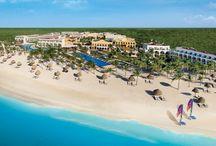 http://www.luxury-resort-bliss.com/akumal-beach-resort.html