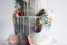Drip / mirror glaze cakes