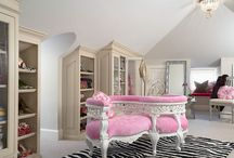 Lovely Rooms / by Lisa Hewitt