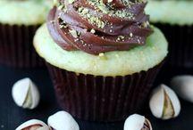 Cupcakes...cupcakes!