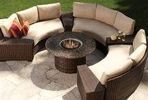 Outdoor Curved Sectionals / Out on the Patio Lubbock, Texas carries a large selection of Curved Sectionals.  They are great out by a pool or around a fire pit.