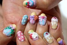 Cool Nails / by Vanessa DeCello
