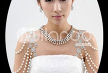wedding jewelry / Beautiful message to wedding bridals to find the wedding jewelry near locations or online shops for their wedding jewels collection. Most needed one for bridals collections