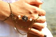 Hand Chains/Slave Bracelet