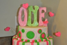 Cakes / by Amber Gravley