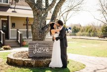 Country Wedding Venue / This board features photos from country weddings to give you ideas and inspiration for planning your own country wedding.