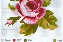 fiori a punto croce