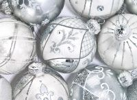 Baubles Christmas cards / Bauble Christmas Card Designs from Pipedream including bespoke, business, corporate and personal. Stay in touch this festive season! - Learn more at www.pipedreamchristmascards.co.uk/baubles