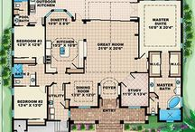 homes/floorplans / by Nina Marie