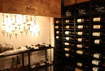 Metal shelves for wine cellars / Metal shelves for bottles, magnums and wood cases. Available in several heights and depths.