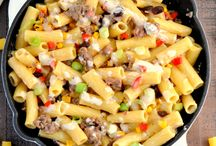One Pot Recipes / My favorite type of recipes! Here is a list of One Pot recipes making dinner easy!