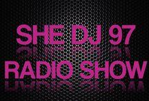 She DJ Sets / Um programa feito por 03 DJ's da cena eletrônica e uma RP – O She DJ 97 vai mostrar a visão feminina dentro da cena com muita descontração, bate papo e música da melhor qualidade.  O time é formado pela locutora Juliana, a RP Dai Aldebrand e as DJ's Tricy , Dot Larissa, Sabrina Tomé!  O programa vai ao ar todas as quintas-feiras a partir das 22 horas.