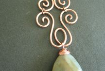 Wire pendent