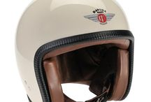 Davida Speedster v3 Motorcycle Helmet / The Speedster v3 is Davida's latest low profile open face helmet it is ECE-R-22-05 for Europe and DOT for America. The current delivery time for all Speedster v3 helmets is 28 days and is variable. All Davida helmets are mad in their factory on the banks of the river Mersey, Davida helmets are simply the best quality motorcycle helmets on the market and have a reputation for being good value and an exceptionally quiet ride.