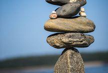 LivinInSD-Rock Art / The art of balancing rocks