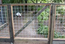 """Hi-Five/Hog Panel Fence / These panels come 5' tall and 16' long.  Either in a 4""""x4"""", 2""""x4"""" or a graduating pattern."""