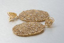Indian Ethnic Jewelry / Indian Ethnic Collection have always being unique and alluring in itself. The Fascinating collection of Ethnic Handmade Jewelry have made the whole world infatuated with it. / by Mettlle.com