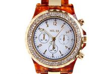 Search fashionable and Trendy Women Watches in India