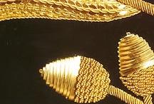 złoty haft