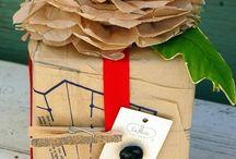 Gift Wrap Ideas / Creative ways to wrap gifts.