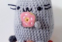 OMG..soo cutee ^_^ / cute amigurumi...with no pattern :(