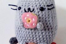 OMG..soo cutee ^_^ / cute amigurumi...with no pattern :(